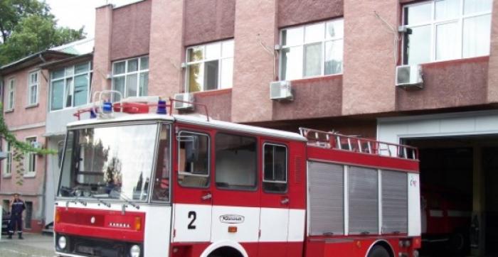 Голем пожар утринава ги разбуди граѓаните